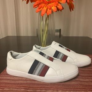 Nautica casual slip on sneaker